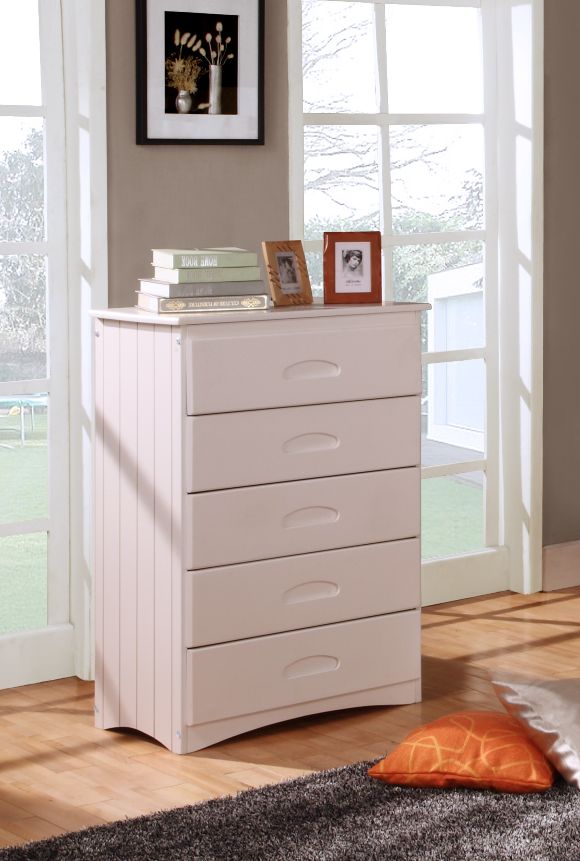 Discovery World Furniture White 5 Drawer Chest Kfs Stores