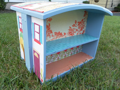 take a old dresser and made it into a dollhouse