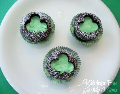 Cut Out Clover Cupcakes