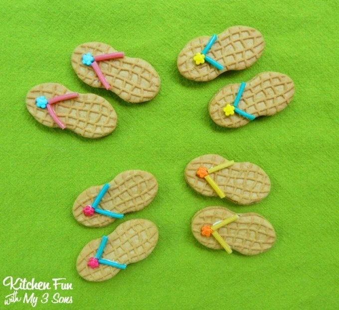 Summer Nutter Butter Flip Flop Cookies for a Beach Party including a Free Printable! So cute & easy from KitchenFunWithMy3Sons.com