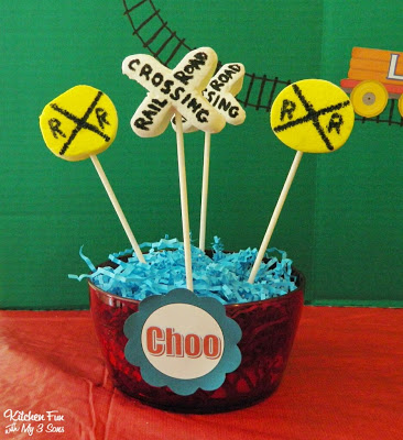 Train Sign Marshmallow Pops