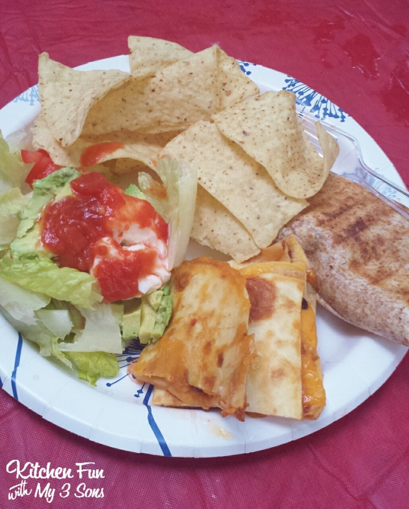 A very easy dinner & you can also heat up queso on the grill!