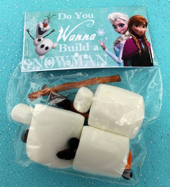 Build a Olaf Snowman