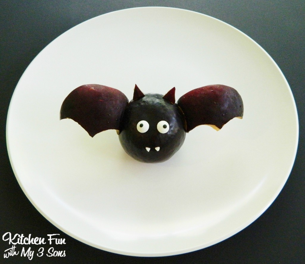 Halloween Fruit Bat Snack