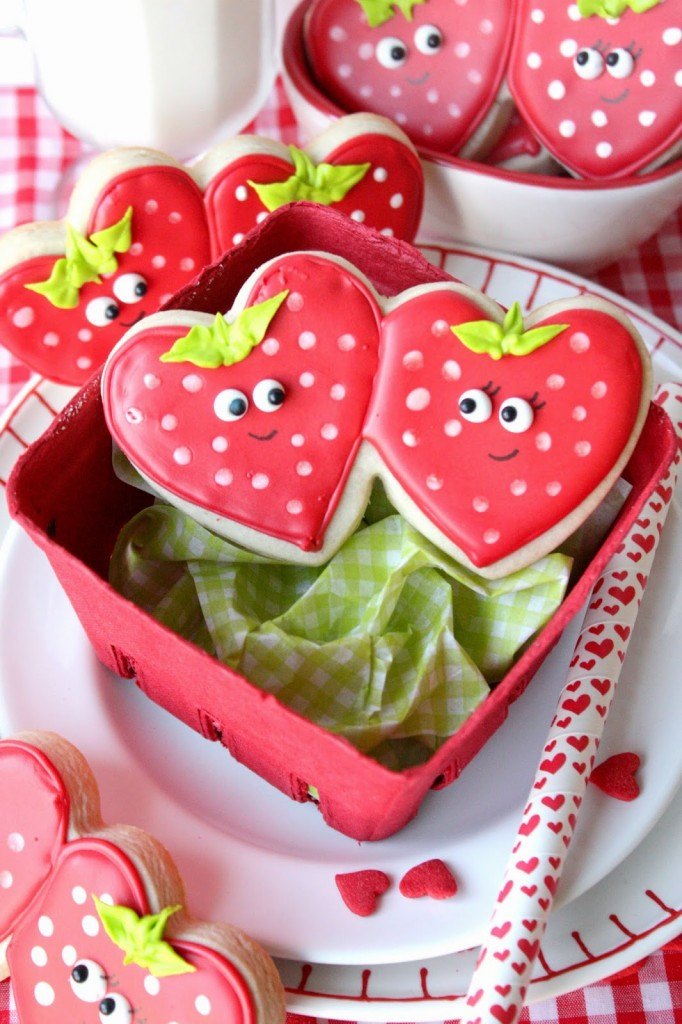 Strawberry Sweetheart Cookies