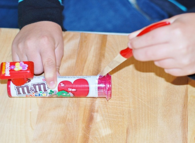 """Valentine's Day Hershey Candy Train with a """"I Choo-Choo's You"""" Free Printable from KitchenFunWithMy3Sons.com"""
