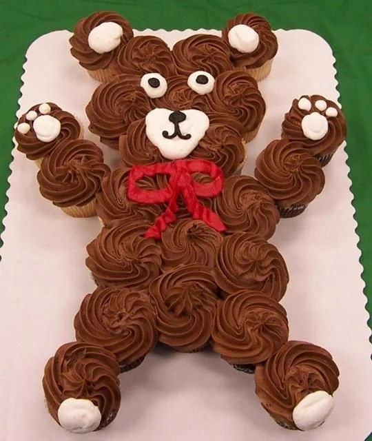 Teddy Bear Cupcake Cake.
