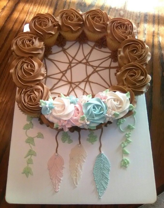 Dreamcatcher Cupcake Cake