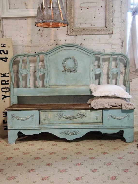 Turn a Bed Headboard into a Bench...awesome Upcycled & Repurposed ideas!