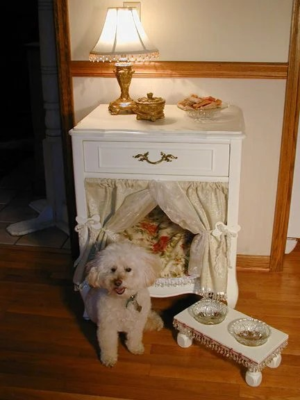 Turn an End Table into a Dog Bed...these are the BEST Upcycled Ideas!