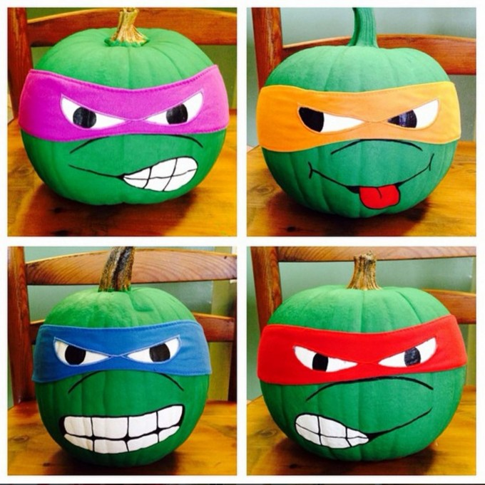 TMNT Pumpkins...your little Teenage Mutant Ninja Turtle fans will love this! These are the BEST Carved & Decorated Pumpkin Ideas!