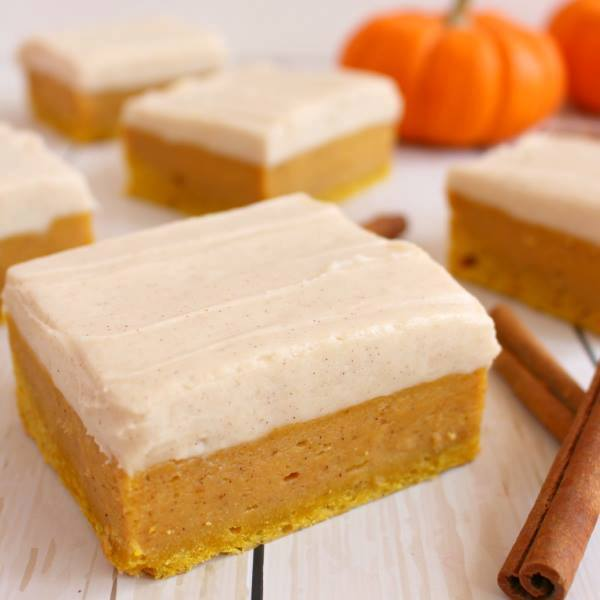Pumpkin Spice Sugar Cookie Bars...these are the BEST Fall Dessert Recipes!