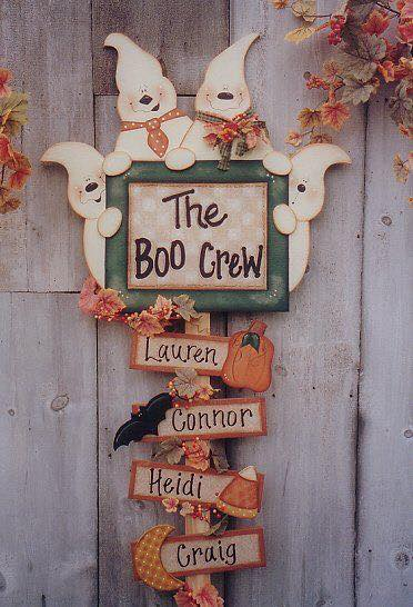 The Boo Crew Sign...these are the BEST Homemade Halloween Decorations & Craft Ideas!