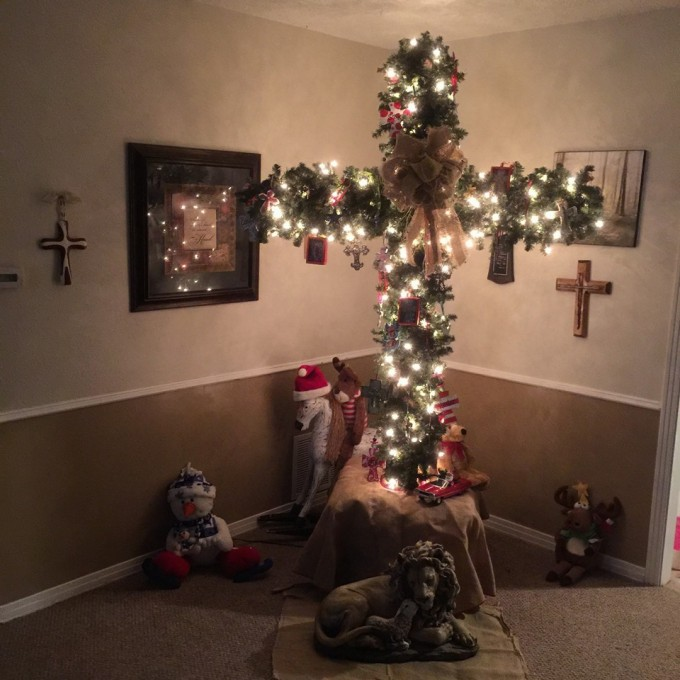 Cross Tree...these are the most Creative Christmas Trees!