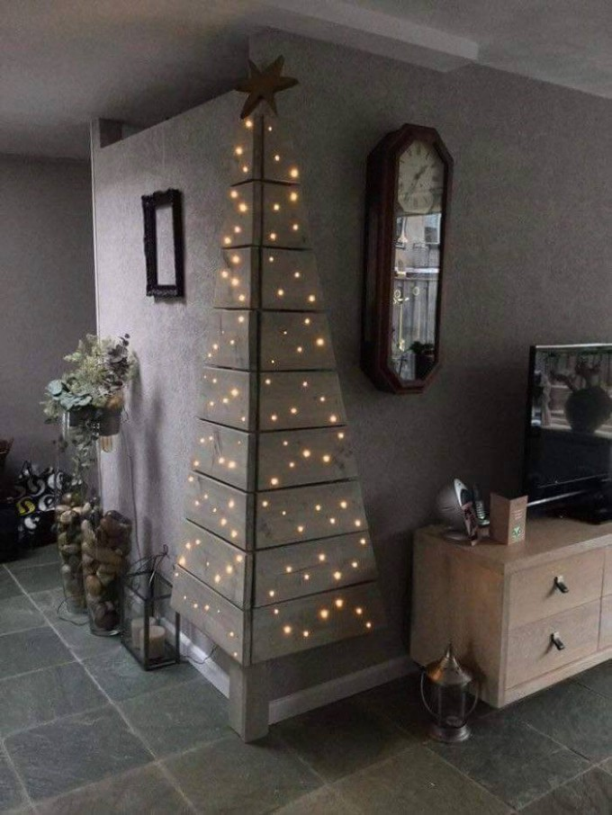 Wood Corner Tree...these are the most Creative Christmas Trees!