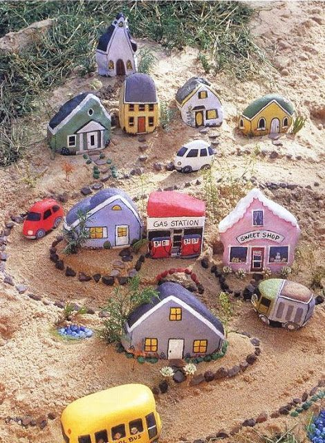 Painted Rock Village...these are the BEST Rock Painting Ideas!