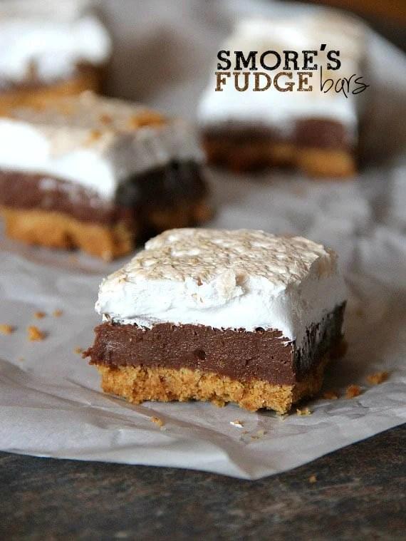 s'mores fudge bars - BEST s'mores recipes!