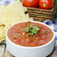 This Weight Watchers Salsa is a delicious blend of salsa, garlic, onions and cilantro all for absolutely 0 WW Freestyle Points.
