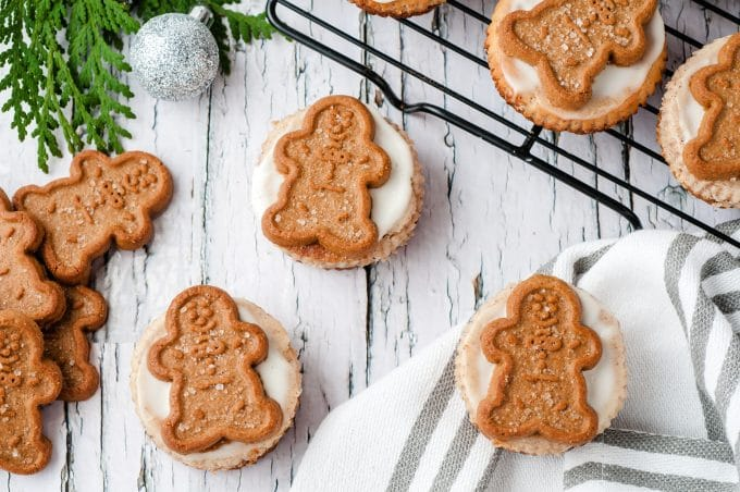 Gingerbread Cookies on top of Cheesecakes