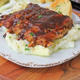Instant Pot ribs & Garlic mashed potatoes