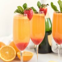 The Best Strawberry Mimosa Recipe
