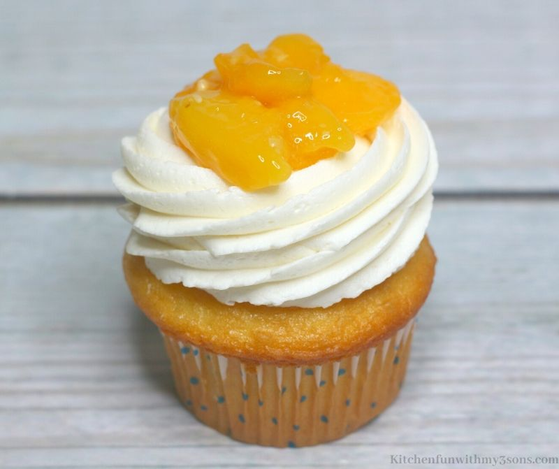 cupcake with peaches