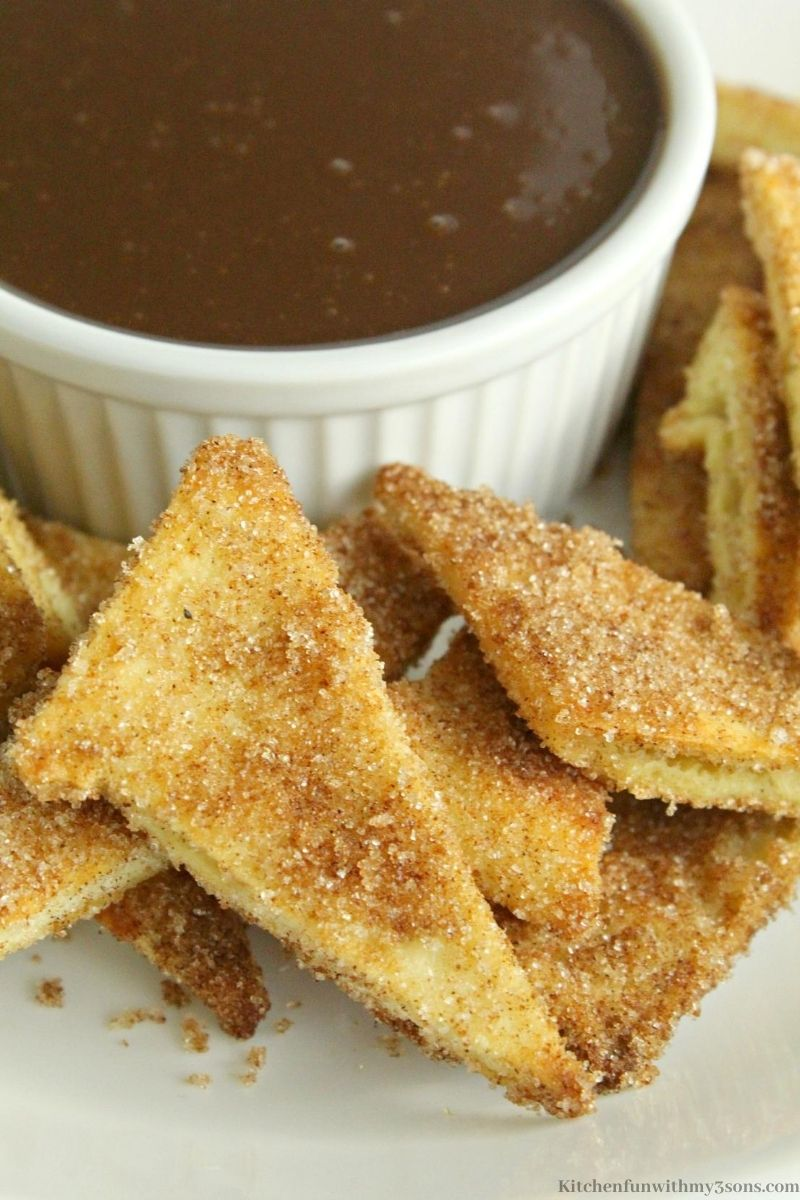Baked Churro Chips with Ganache