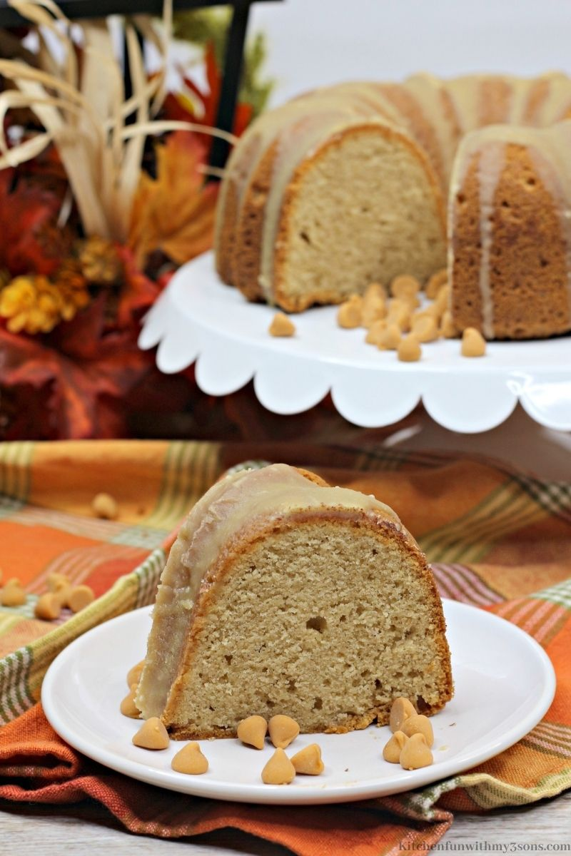 Butterscotch Pumpkin Bundt Cake with extra pieces of caramel mini kisses around it.