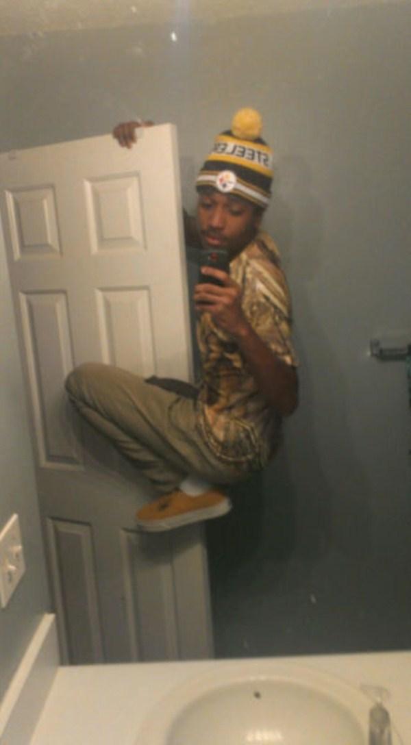 Awkward Selfies 25 Klyker Com
