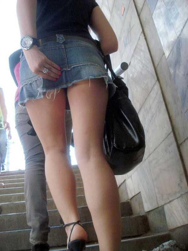 Hot Girls In Short Seductive Dresses Klyker Com