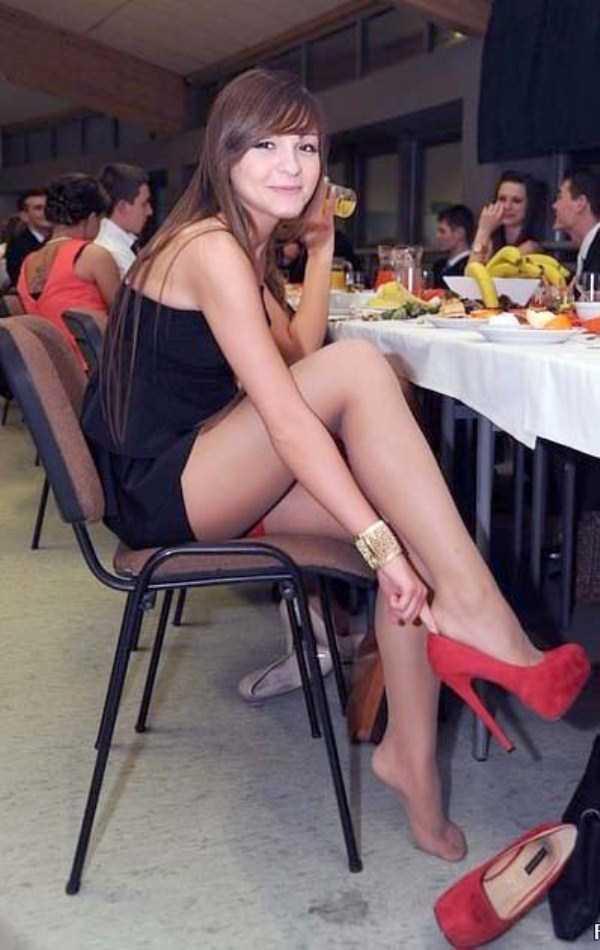 Girls With Beautifully Shaped Legs Klyker Com