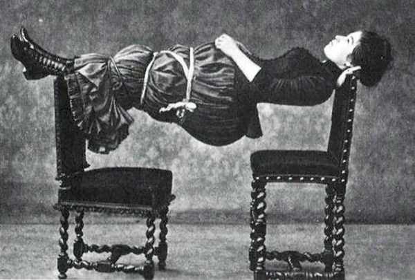 Weird And Baffling Vintage Photos Klyker Com