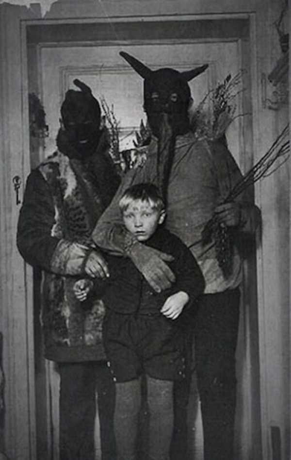 25 Utterly Creepy Vintage Photos Klyker Com