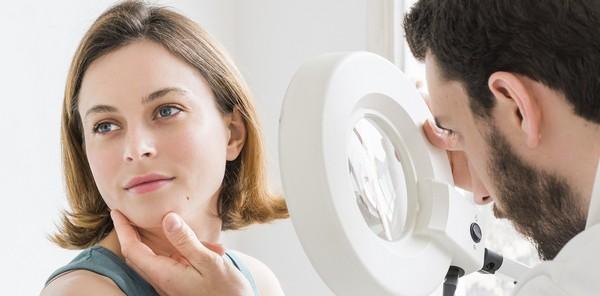 Il est fortement recommandé de consulter votre médecin avant la darsonvalisation.