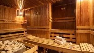 带水箱的浴室(120多张照片):工作装置和原则,类型,型号选择,独立制造(视频)+评论