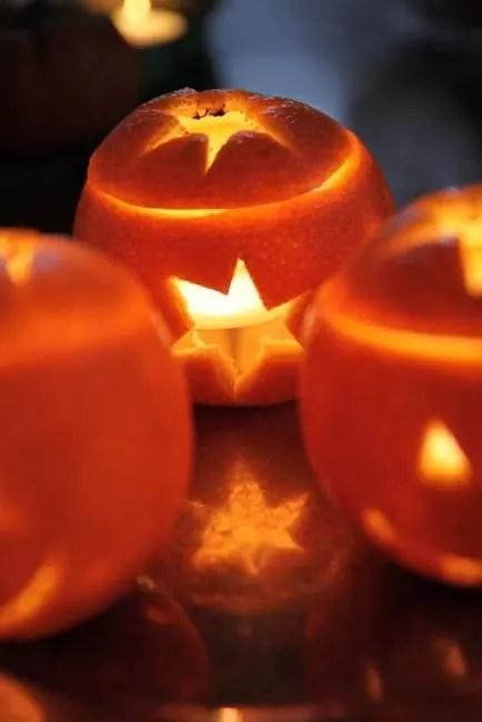 ส้มสร้างแสงที่สว่างสดใสและเพิ่มรสชาติที่น่าทึ่งในห้อง