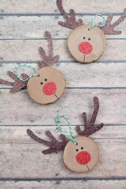 Deer - Christmas symbol, Santa Claus helpers. If you glue the horns, nose and eyes cut from cardboard, nose and eyes are a cute deer muzzle. The main thing is to use a brilliant cardboard!