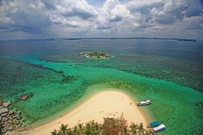 Paket Belitung Adventure 3 Hari 2 Malam - Tour Bangka Belitung
