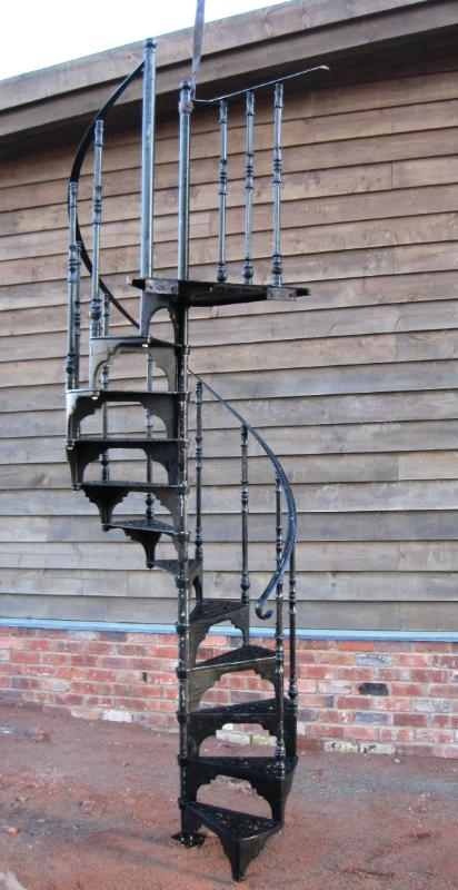 Metal Spiral Staircases Buy In Nur Sultan | Used Spiral Staircase For Sale | 4 Foot | Corkscrew | Contemporary | Steel | Outdoor