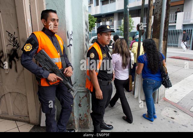 Security Guard 5225