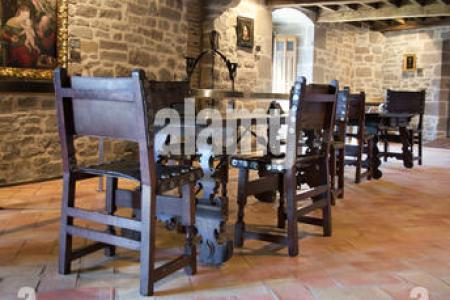 Great Hall Wikipedia Inside A Castle Keep The Disarming Room Kitchen Stock Photos Images Alamy Medieval Museum