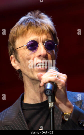 Bee Gees Stock Photos & Bee Gees Stock Images - Alamy