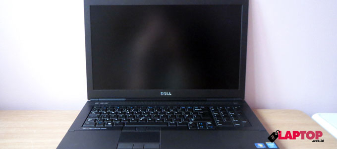 Dell Precision M6800 - (Sumber: techradar.com)