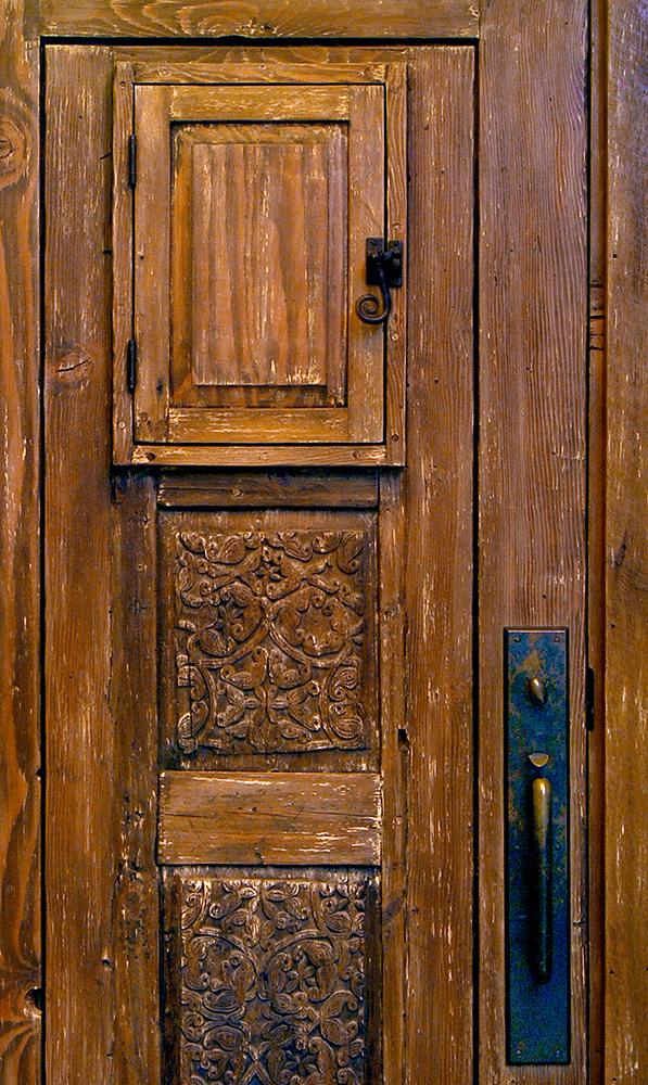 Front Entry With Peep Door La Puerta Originals