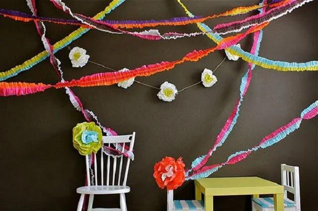 Dekorer en lejlighed til det nye år: Girlyand fra bølgepapirkurv Girlyanda Iz Gofrirovannoj Bumagi 10