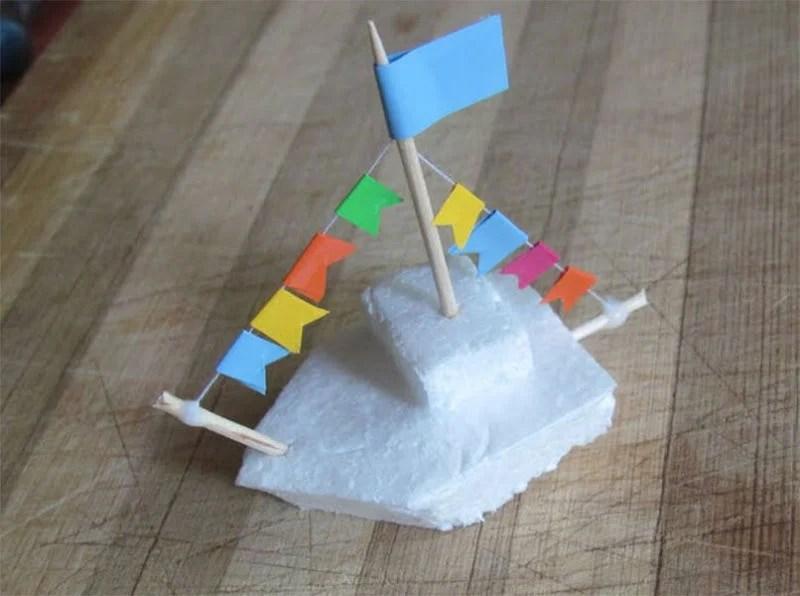 船舶为儿童:使用方案创建的各种方式和描述Korabl Svoimi Rukami 109