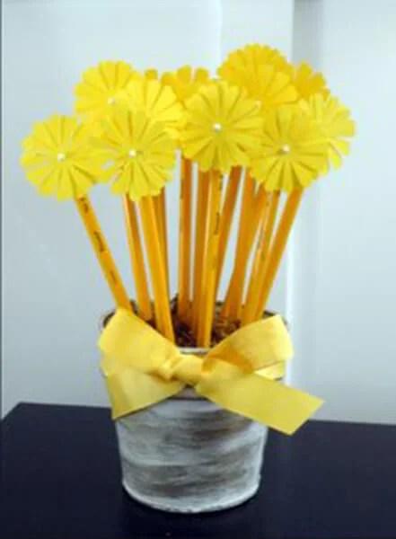 Поделки на 8 марта для любимых мам: подарок с душой своими руками podelku na 8 marta svoimi rukami 139