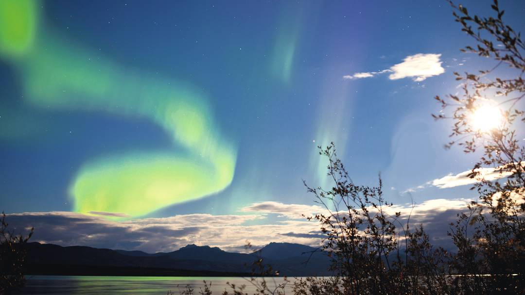 Northern Lights Holiday Deals 2017