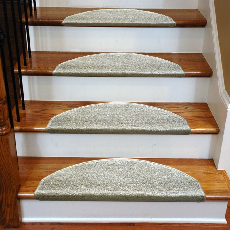 3 Common Staircase Design And Decor Mistakes What To Do Instead | Carpet For Stairs Near Me | Hardwood | Wood | Wall Carpet | Carpet Workroom | Runner