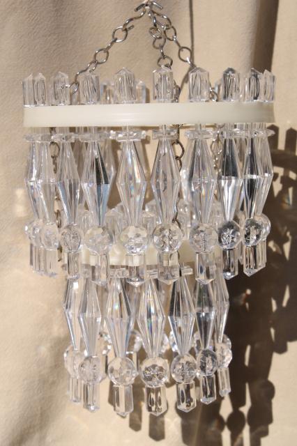 Plastic Prisms Little Chandelier Lights Hanging Light For